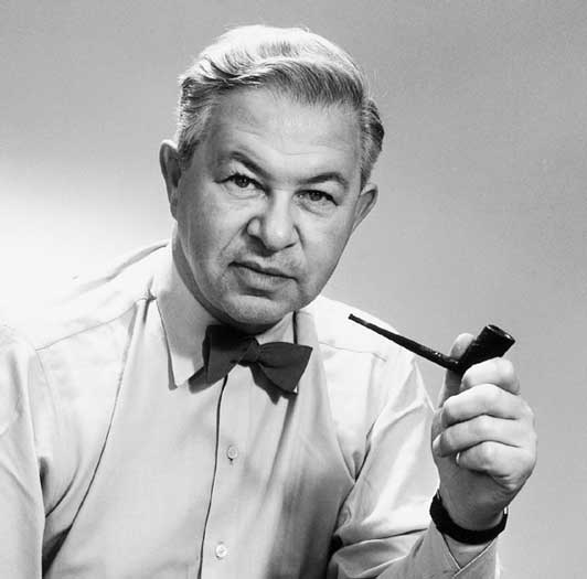 Arne jacobsen bemodern for Famous furniture designers